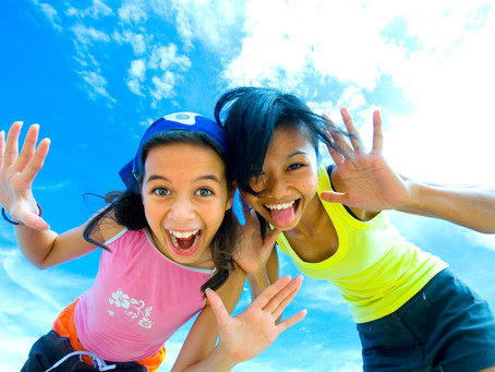 13 AMAZING KID-FRIENDLY ACTIVITIES TO DO WITH YOUR KIDS THIS SUMMER!