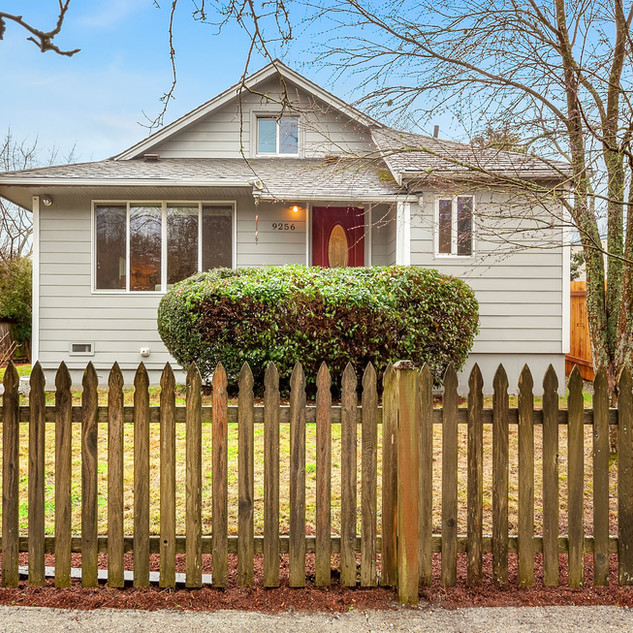 Sold // Licton Springs