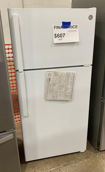 GE 15.6 CF Top Freezer Refrigerator White- 67521