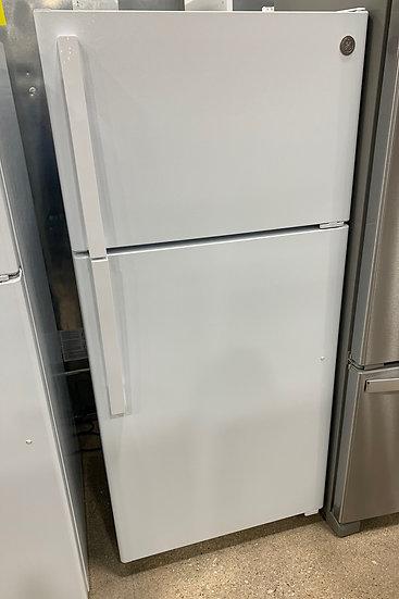 GE 15.6 CF Top Freezer Refrigerator White- 67530