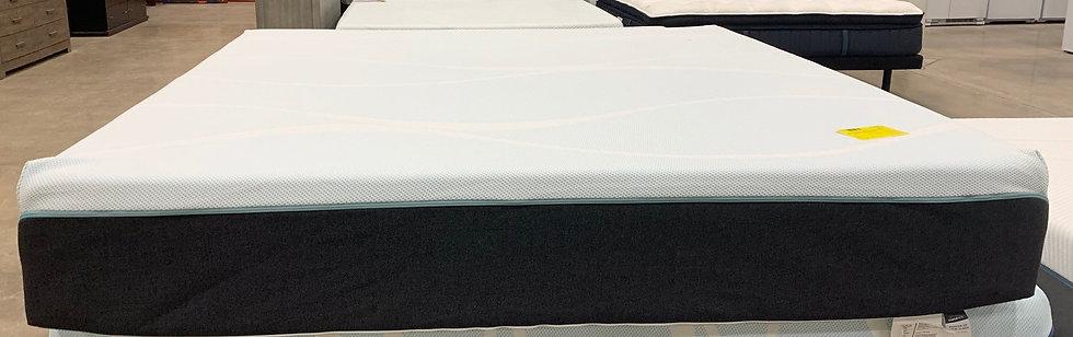 Tempurpedic Probreeze Medium King Mattress- 77571
