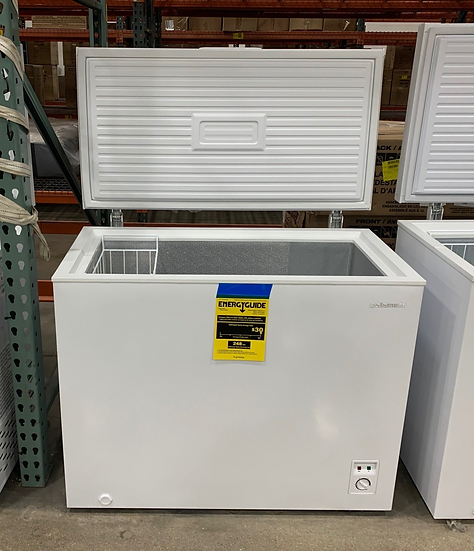 Element 7 CF Chest Freezer White- 64771