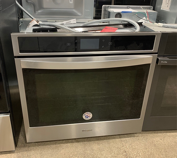 Whirlpool 5 CF Single Convection Wall Oven SS- 63396