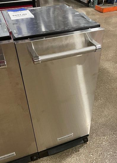 Kitchenaid 1.4 CF Built In Trash Compactor SS- 23419