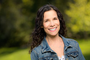 5383_Nancy_G_Soquel_Author_Bio_Headshot_Photography.jpg