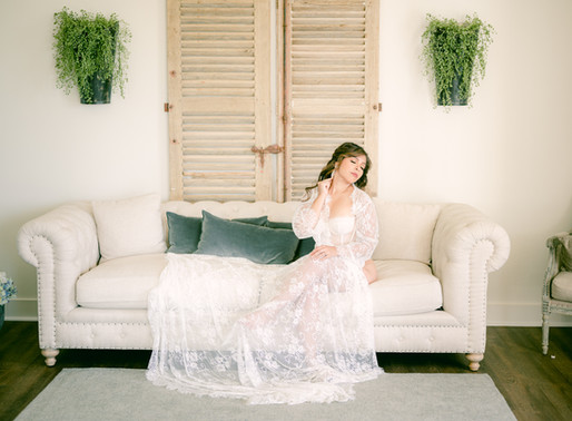 Four things to know for your Bridal Boudoir session!