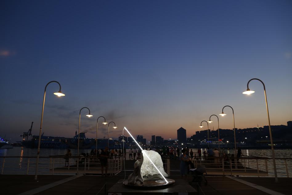 Fulgur Porto Antico al tramonto, Genova