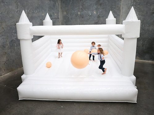 5x5 All White Bouncy Castle