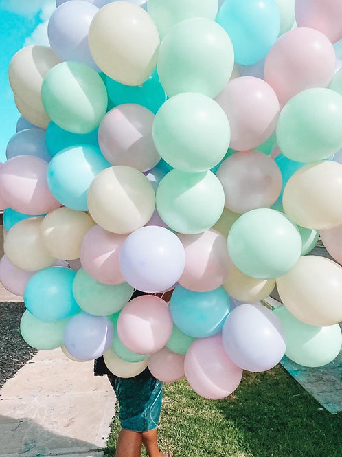 100 Pastel balloons