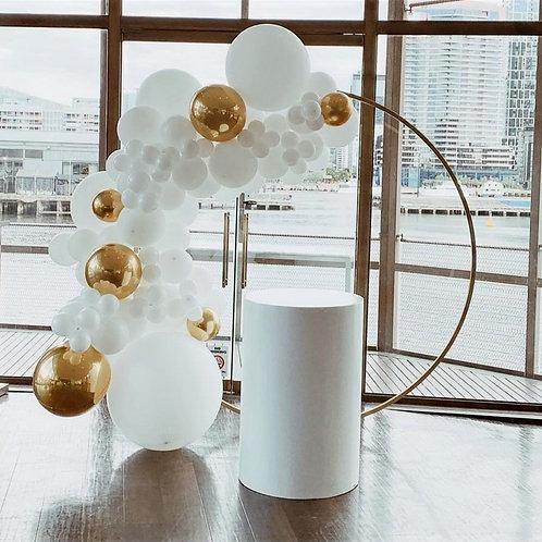 White Round Cake Table 90x60
