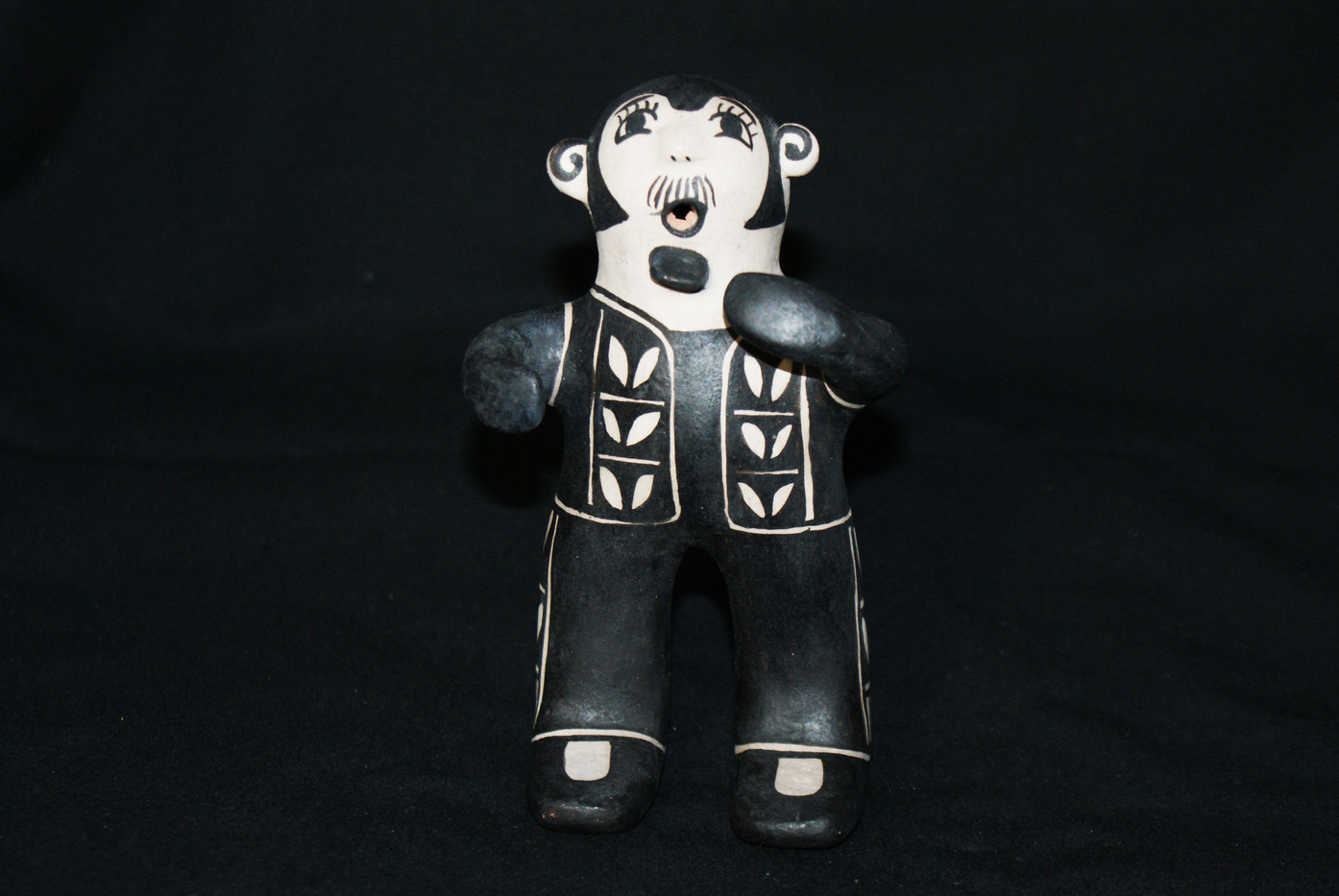 Juanita Inez Ortiz Cochiti Black on Cream Pottery Male Figurine