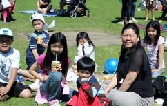 Copy of Crowd - Family picnic 2.jpg