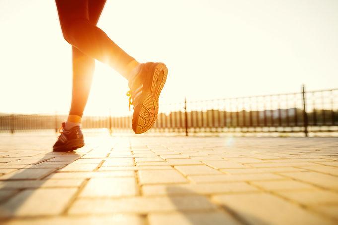 runner-feet-running-road-closeup-shoe-wo