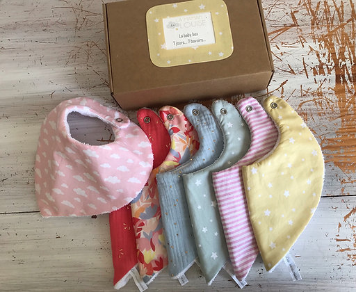 Box semainier de bavoirs (forme bandana)