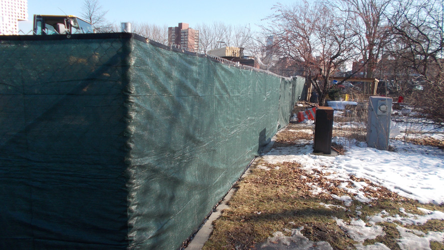 Driven Temporary Fence with Construction Screening