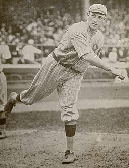 Jeff Pfeffer of the 1916 Brooklyn Robins. Public Domain.