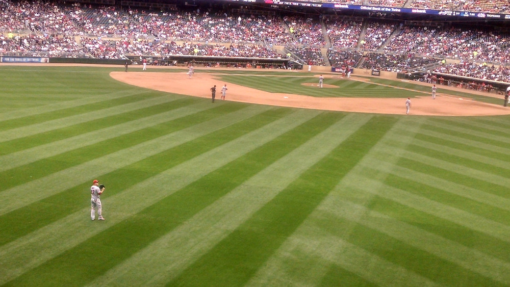 A view of Mike Trout playing center field at Target Field on 4/17/2016
