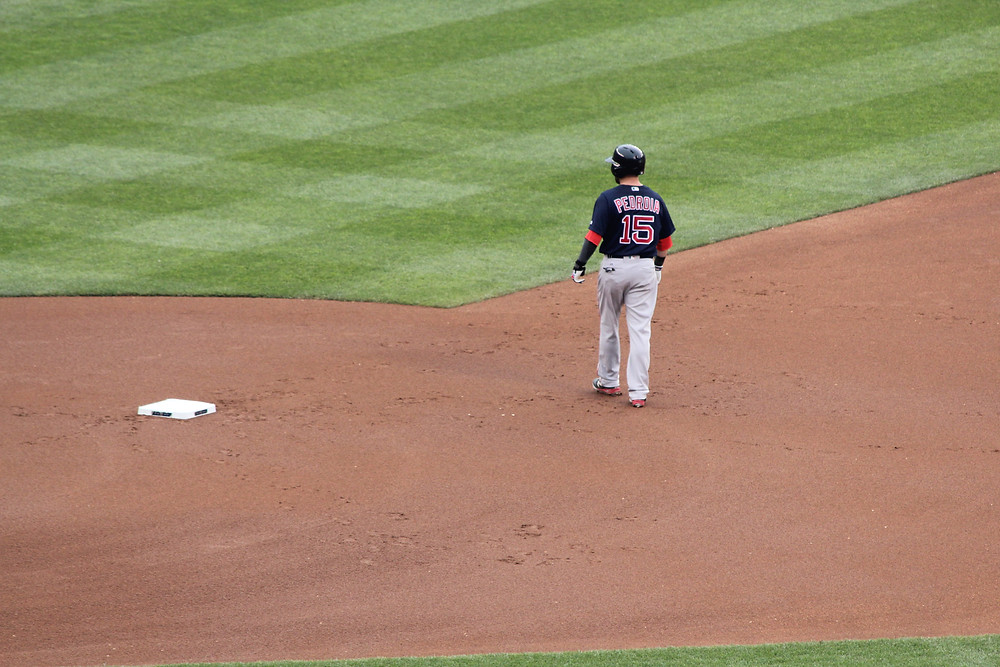 Pedroia takes a lead off 2B.  Picture by D.Talbot.