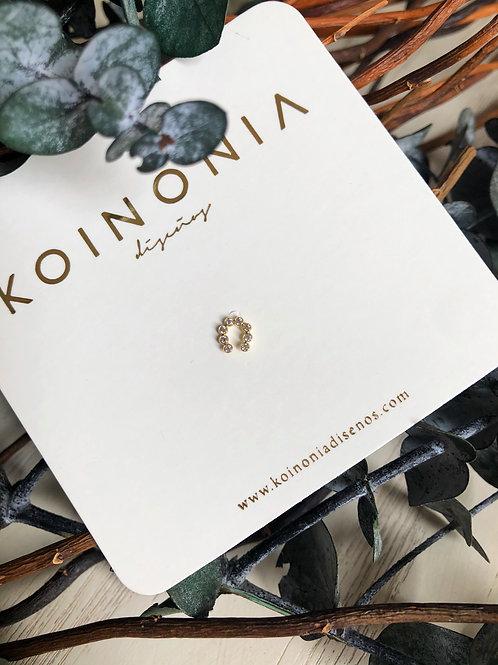 Broquel herradura zirconias 7mm / oro 10k
