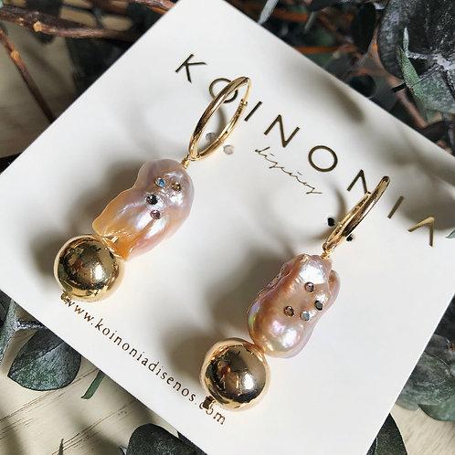 Arracada AMBER perla barroca / Oro laminado