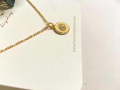 Collar ojito zirconia / Oro lamino de 18k