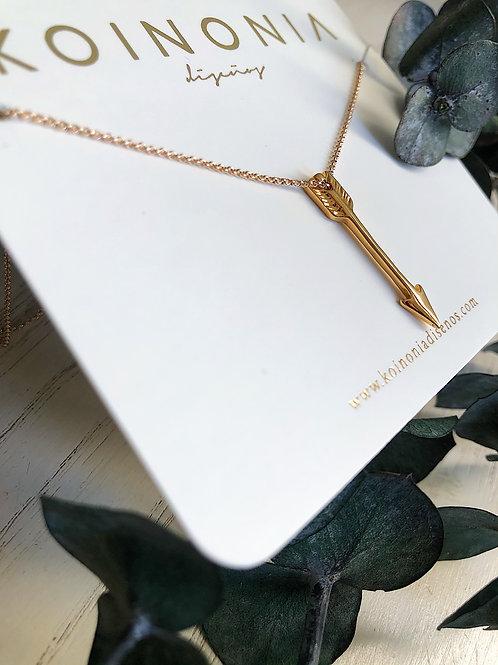 Collar flecha / Oro laminado 18k