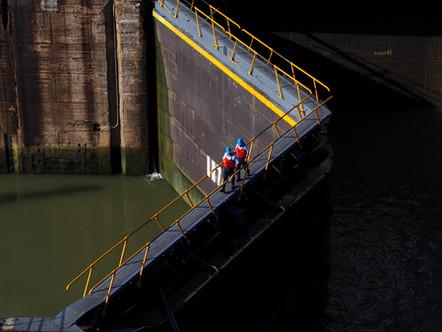 (ESP) Hacia el canal de Panamá: Pasos, tránsitos y custodios