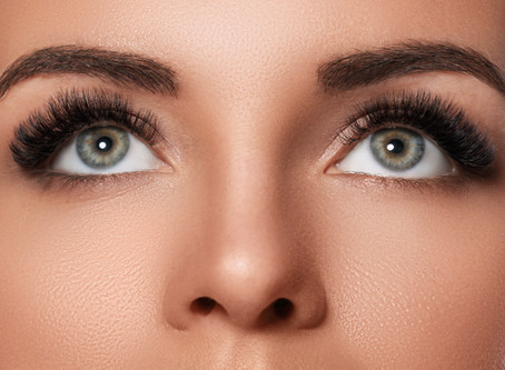 How to choose an eyelash style that complements the shape of my eyes??