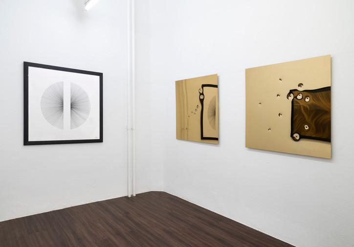 """Ausstellungsansicht """"Eyes wide open"""" in der Kunsthalle Ludwig, Frankfurt"""