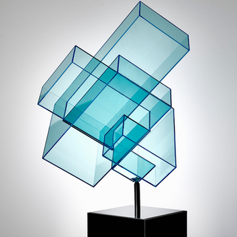Ralph Kerstner Candy Cube (türkis )2020 Plexiglas 70 × 45 × 55 cm