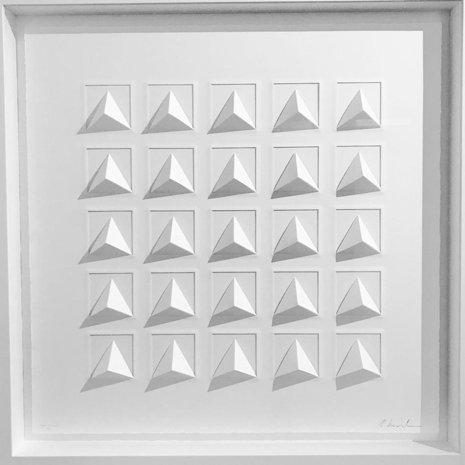 Ralph Kerstner Grand Pythago 2019 Prägung in Büttenpapier 85 x 85 cm
