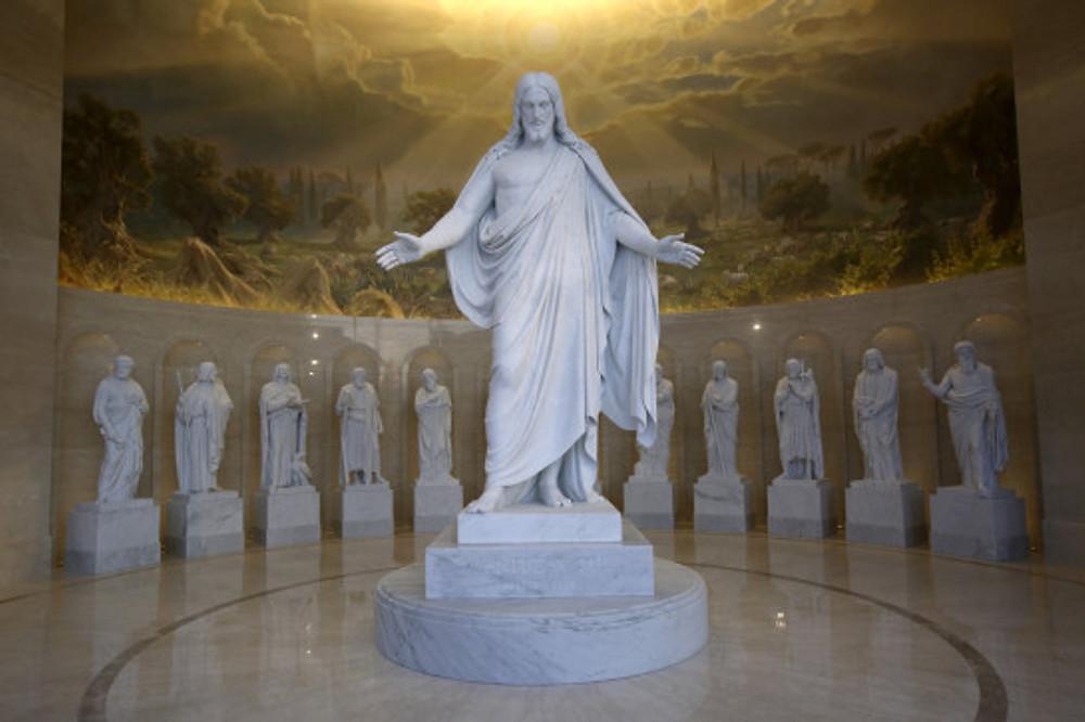replicas-of-danish-sculptor-bertel-thorvaldsens-christus-and-12-apostle
