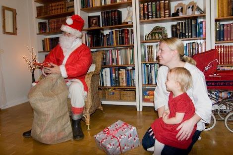 Guess the Santa?