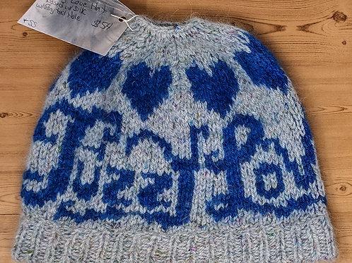 B&G Fuzzy Love Hat