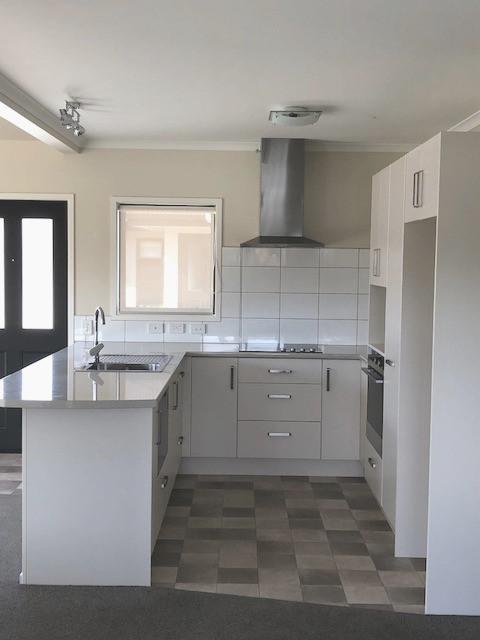 Belfield kitchen_edited.jpg