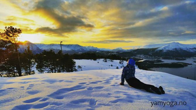 Få en god start på året med Yoga Mala - 108 solhilsner