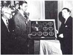 Manotavani with Franklin D Roosevelt Jr.