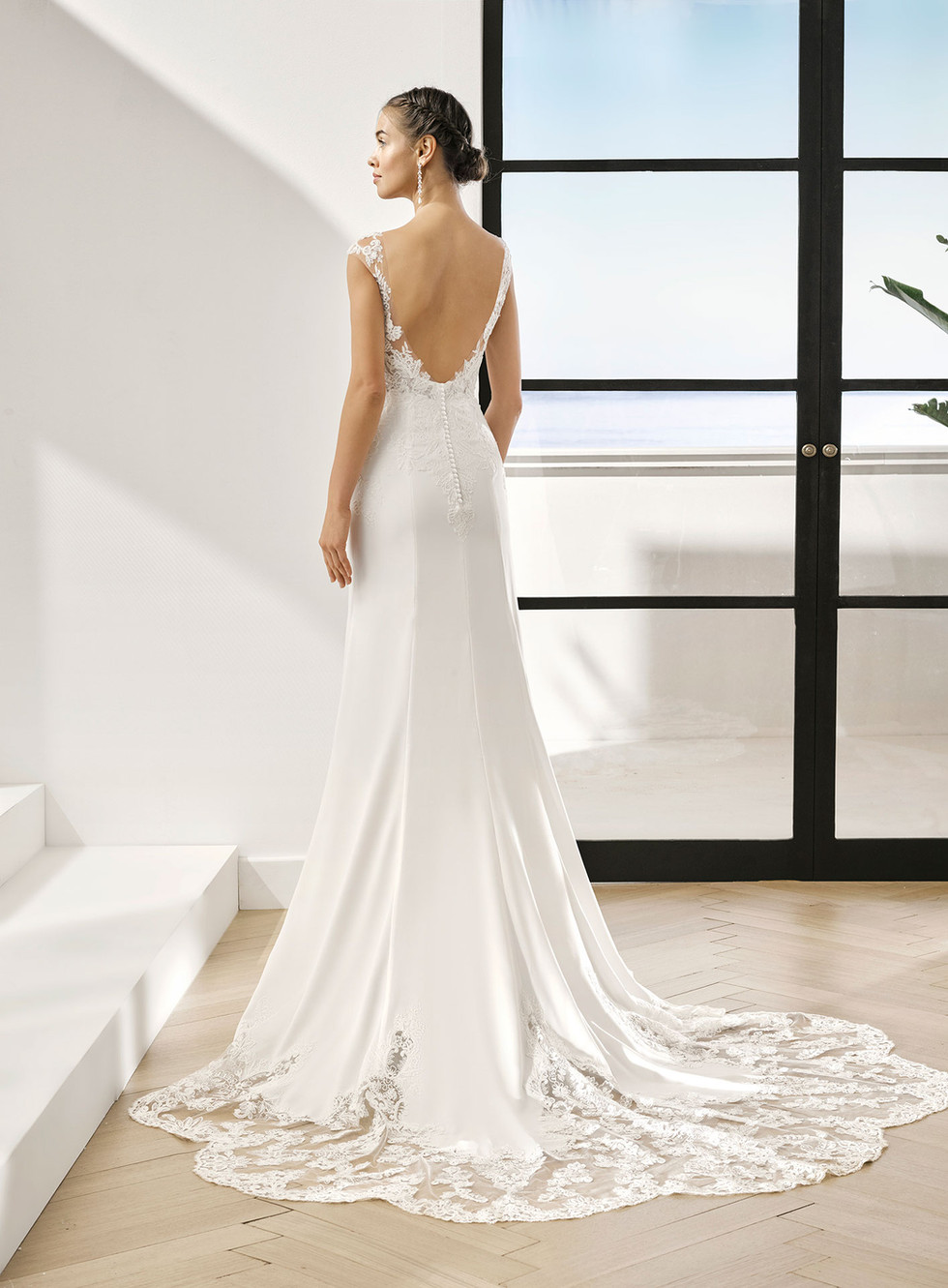 Gown Style - PAOLA
