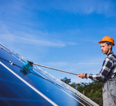 3 Things You Need To Know About Solar Panel Cleaning