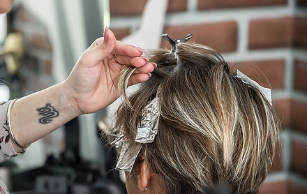 hairstyle-4057094_640.jpg