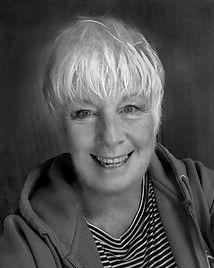 Linda Murray portrait photo