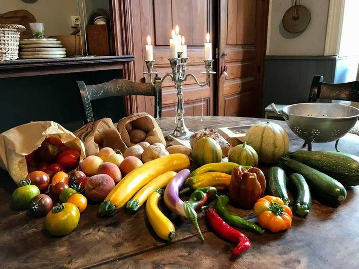 een ochtend naar de groentenmarkt; alles biologisch en uit het dorp