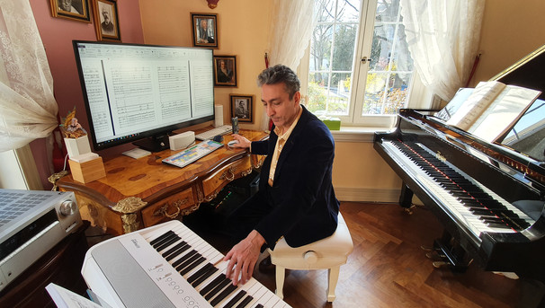 Saeed Habibzadeh - Beyond notes - Music Studio 8 - Official