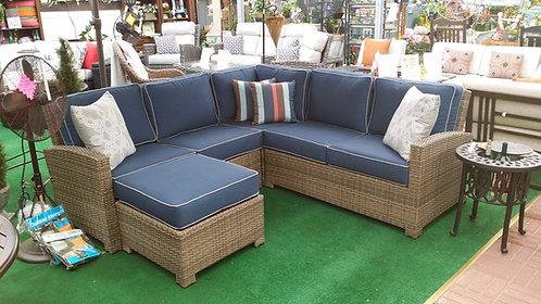 Sectional #32721 (Order 2-4 Weeks)