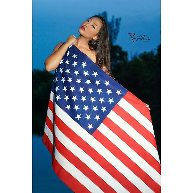 Flags up!__Model _ _realminglee _Photographer _ _r.allan