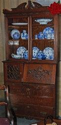 Antique tiger oak desk / bookcase / cabinet