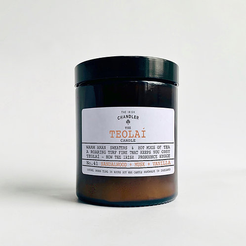 The Teolaí Candle
