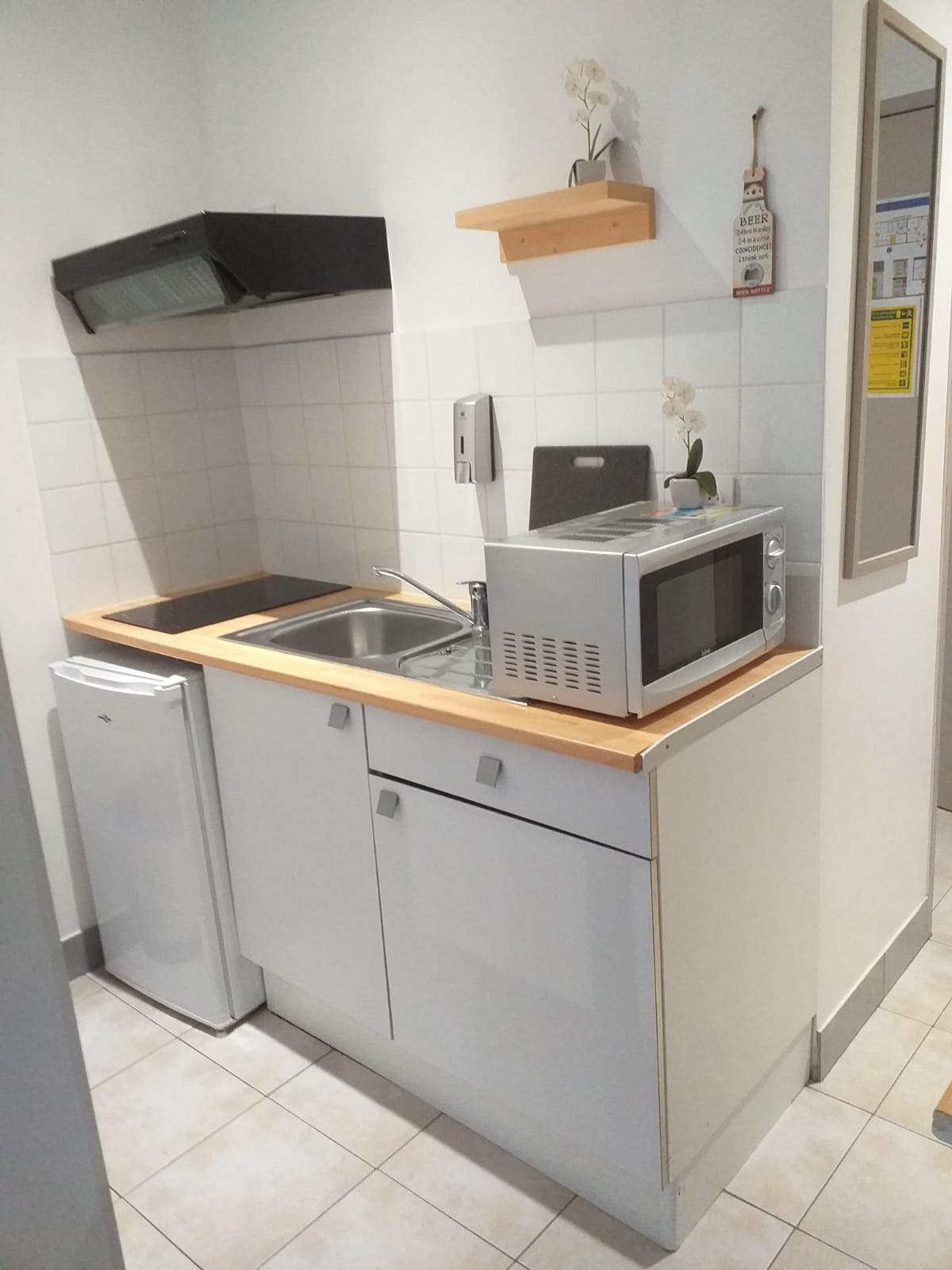 area studette kitchenette