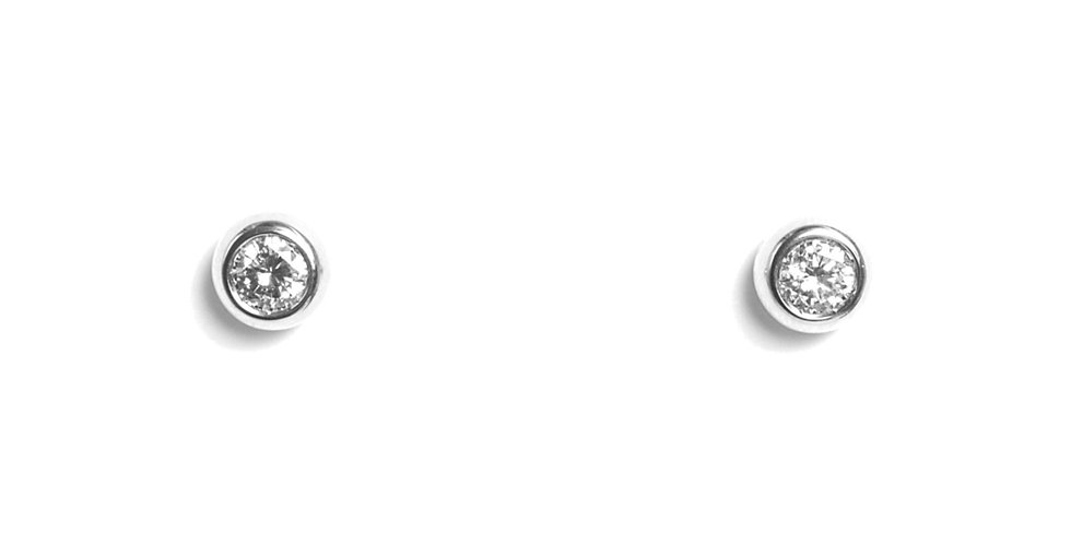 Garavelli 18kt-os fehérarany és gyémánt fülbevaló zárt foglalatban