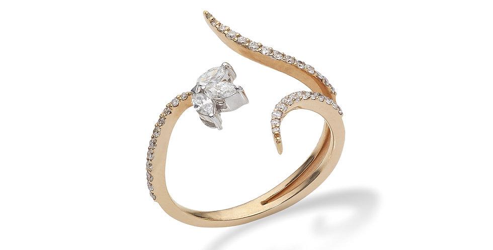 Tulipános rózsaarany és fehérarany fantázia gyűrű  gyémántokkal